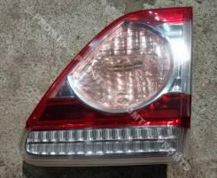 Фонарь в крышку багажника правый Toyota Corolla (E150) рестайлинг