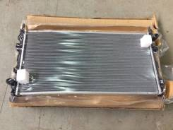 Радиатор охлаждения двигателя. Ford Transit