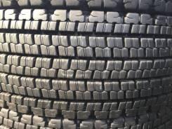 Bridgestone W900. зимние, без шипов, 2016 год, б/у, износ 5%