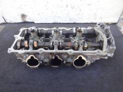 Головка блока цилиндров VQ35DE Nissan, левая