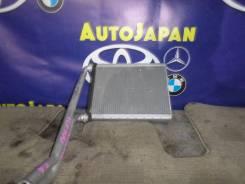 Радиатор печки Toyota Ractis SCP-100 б/у 87107-52061 87107-52060