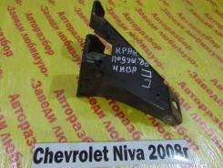 Кронштейн опоры двигателя Chevrolet Niva Chevrolet Niva 2008
