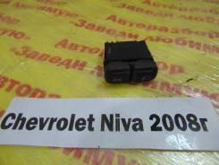 Кнопка включения света Chevrolet Niva Chevrolet Niva 2008