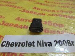 Кнопка стеклоподъемника Chevrolet Niva Chevrolet Niva 2008