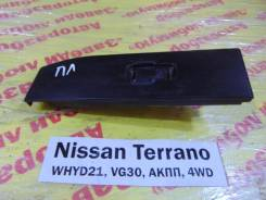 Кнопка стеклоподьемника перед. лев. Nissan Terrano WHYD21 Nissan Terrano WHYD21 1992