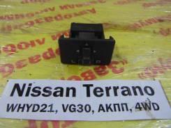 Блок управления зеркалами Nissan Terrano WHYD21 Nissan Terrano WHYD21 1992