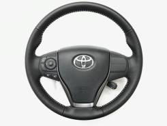Оригинальный перфорированный кожаный обод руля Toyota Camry 2014-2018