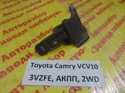 Ручка открывания багажника/бензобака Toyota Camry XCV10 Toyota Camry XCV10 1994