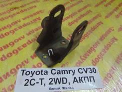 Кронштейн опоры двигателя Toyota Camry CV30 Toyota Camry CV30