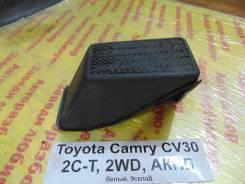 Подставка под ногу Toyota Camry CV30 Toyota Camry CV30 1994