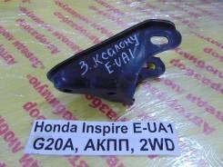 Кронштейн опоры двигателя Honda Inspire UA1 Honda Inspire UA1 1996