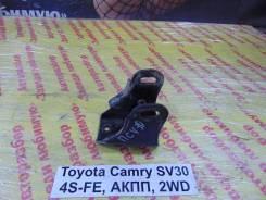 Кронштейн опоры двигателя Toyota Camry SV30 Toyota Camry SV30