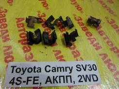 Зажим тормозной колодки Toyota Camry SV30 Toyota Camry SV30, передний