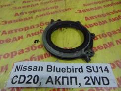 Лобовина двигателя задн. Nissan Bluebird SU14 Nissan Bluebird SU14