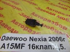 Выключатель концевой Daewoo Nexia T100 Daewoo Nexia T100 2006