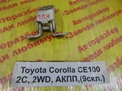 Крепление двери перед. прав. нижн. Toyota Corolla CE100 Toyota Corolla CE100 1995