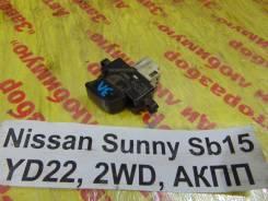 Кнопка стеклоподьемника задн. лев. Nissan Sunny SB15 Nissan Sunny SB15 2000