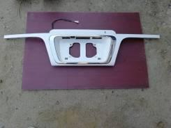 Накладка багажника Toyota Hiace Regius KCH46W, 1KZTE