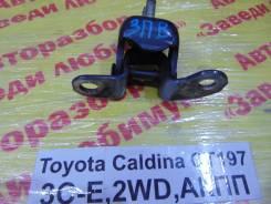 Крепление двери Toyota Caldina Toyota Caldina 1999, правое заднее