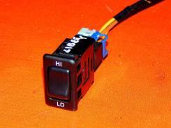 Кнопка включения заднего кондиционера. 27678WF100