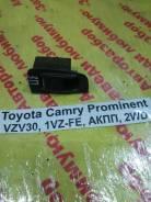 Кнопка стеклоподъемника Toyota Camry Prominent Toyota Camry Prominent 1990.09, правая задняя
