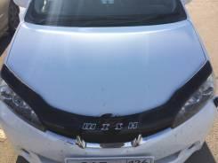 Toyota WISH 2009 - 2017г Дефлектор капота (Мухобойка)