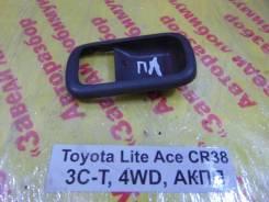 Накладка ручки внутренней Toyota Lite Ace, Town Ace Toyota Lite Ace, Town Ace 1995.12, левая передняя