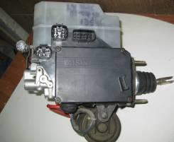 Цилиндр главный тормозной Lexus LX470 47050-60053