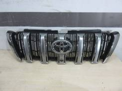 Решетка радиатора Toyota Land Cruiser 150 Prado