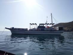 Рыболовно - туристический скоростной катер ( шхуна ).
