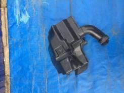 Резонатор воздушного фильтра. Ford Focus, CB4, DA3, DB, DBW AODA