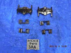 Пружина прижимная тормозной колодки задняя левая правая комплект Nissan Avenir PW11 4408054C25