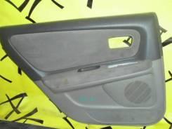 Обшивка двери задняя левая TOYOTA Mark2 GX100