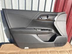 Обшивка двери. Honda Accord, CR6 LFA