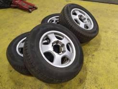 """Диски Nissan Elgrand R15/6 JJ ET33 + зима Triangle 205/70 80%. 6.0x15"""" 6x139.70 ET33 ЦО 110,0мм."""