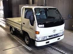 Продам на запчасти грузовик Toyota
