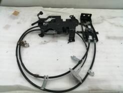 Механизм стояночного тормоза. Nissan Leaf, ZE0 EM61