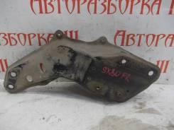 Кронштейн крепления правого рычага Toyota Mark2 [SX80-0036]