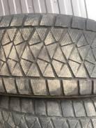 Bridgestone Blizzak DM-V2. зимние, шипованные, б/у, износ 40%