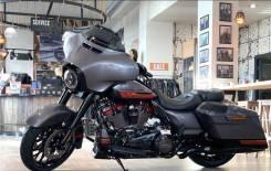 Harley-Davidson CVO Street Glide FLHXSE, 2020
