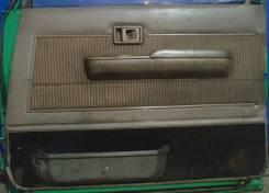 Обшивка двери Land Cruiser Prado 72