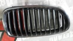 Решетка радиатора правая BMW 5 F10/F11 бмв 5 2010