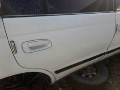 Дверь задняя правая Toyota Corona ST190