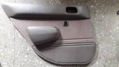 Обшивка боковой двери зад лев Toyota Corolla 1995-2001г