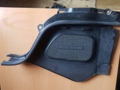 Крышка двигателя Nissan Fuga, правая Y50, VQ35DE
