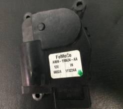 Моторчик управления заслонкой печки Ford (AV6N19B634AA, 1699371)