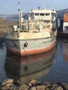 Продам танкер. 1988 год, длина 57,70м., двигатель стационарный, дизель