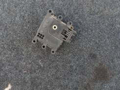 Моторчик заслонки отопителя Mazda 3 BK