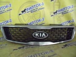 Решетка радиатора KIA FORTE TD