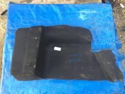 Обшивка багажника правая Ford Focus